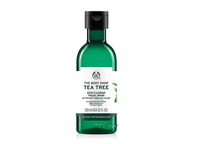 Body Shop Tea Tree Skin Clearing Facial Wash gallery 1